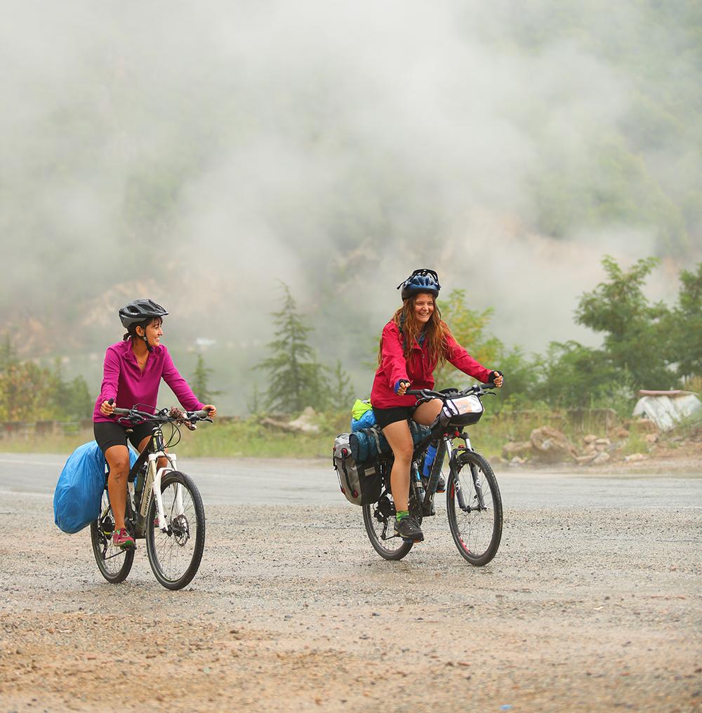 Karadeniz'e Bisiklet Sürmek – Simay Eşme